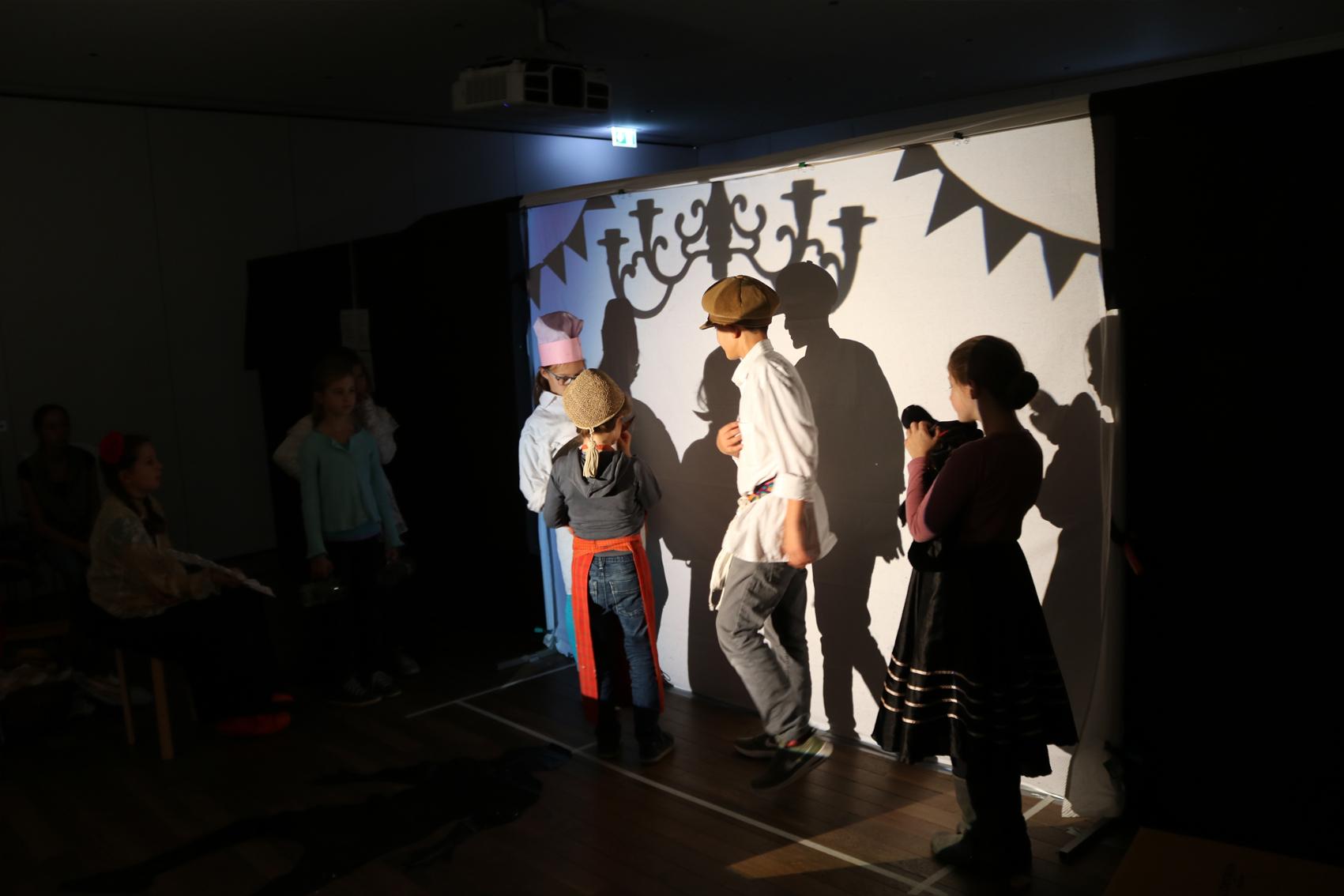 Schattentheater_Web-02